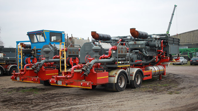 Frac-Pumping-Unit-2250-BHP-2.jpg